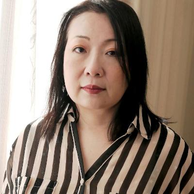 宇郷伸恵52歳 垂れ貧乳&むっちり腹がエロたまらん!『肉棒に喰らいつく熟女の性欲』H0930