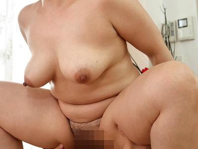 紺野京子38歳 175cm長身&115cm爆乳のエロデカ豊肉妻!『初撮り人妻ドキュメント』
