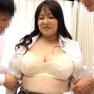 櫻井まどか47歳 綺麗な激ポ熟 『初撮り四十路妻 B117・H122見た目通り、天下御免の豊満熟女』