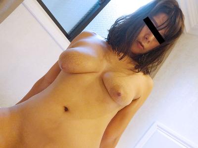 江川すみれ28歳 外人顔のエロ垂れ爆乳美人『ナンみたいな垂れ乳熟女ととことんヤリまくる』