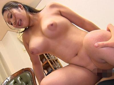 七瀬沙菜32歳 デカ乳輪の美人ママ 『爆乳ムチムチ ママさんバレー奥様』
