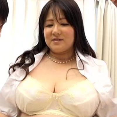 櫻井まどか47歳&桜木順子40歳 だらしない豊満過ぎ熟女『夫に嘘をついてこっそり他人棒に中出しをねだる豊満田舎妻』